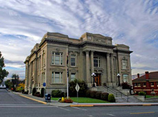 Picture of the front of the Wasco courthouse