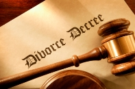 Image of a divorce decree paper with gavel